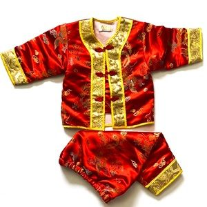 Traditional embroidered Chinese Baby Outfit